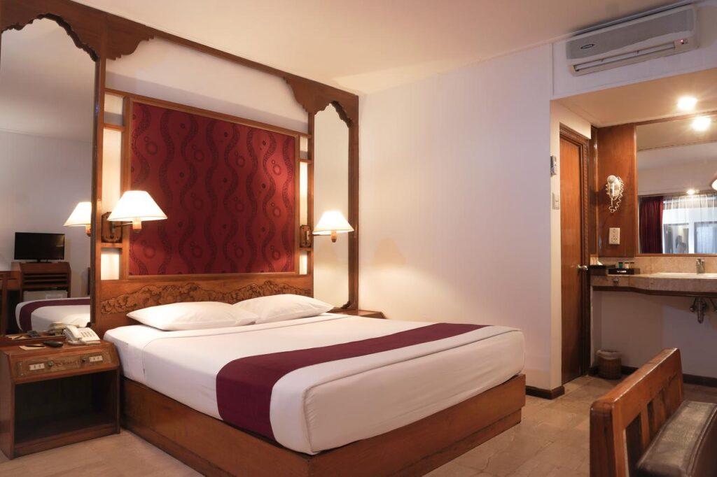 bounty hotel room