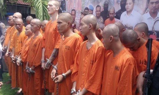 20 arrests in bali