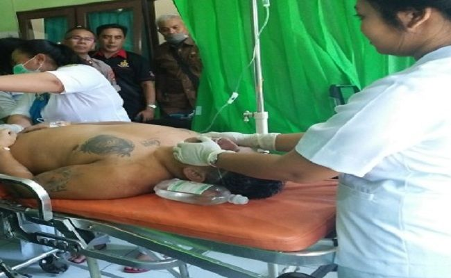 American Tourist Saved By His Tour Guide After Almost Drowning While Surfing in Bali