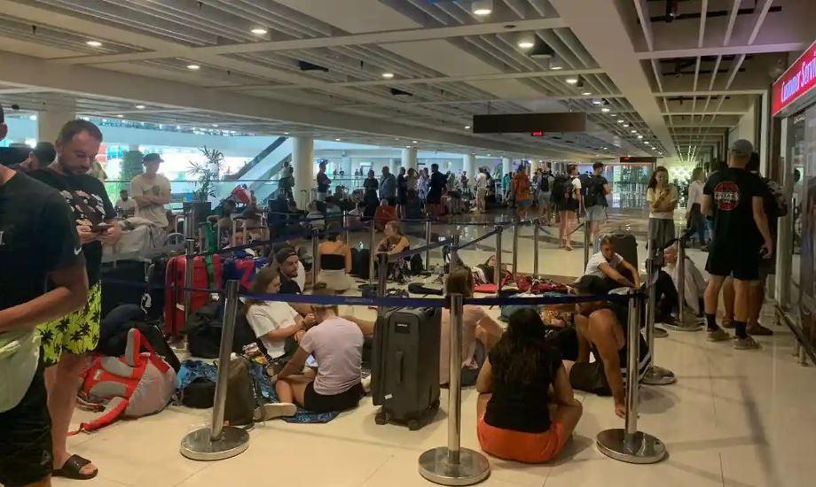 british tourists stranded in bali