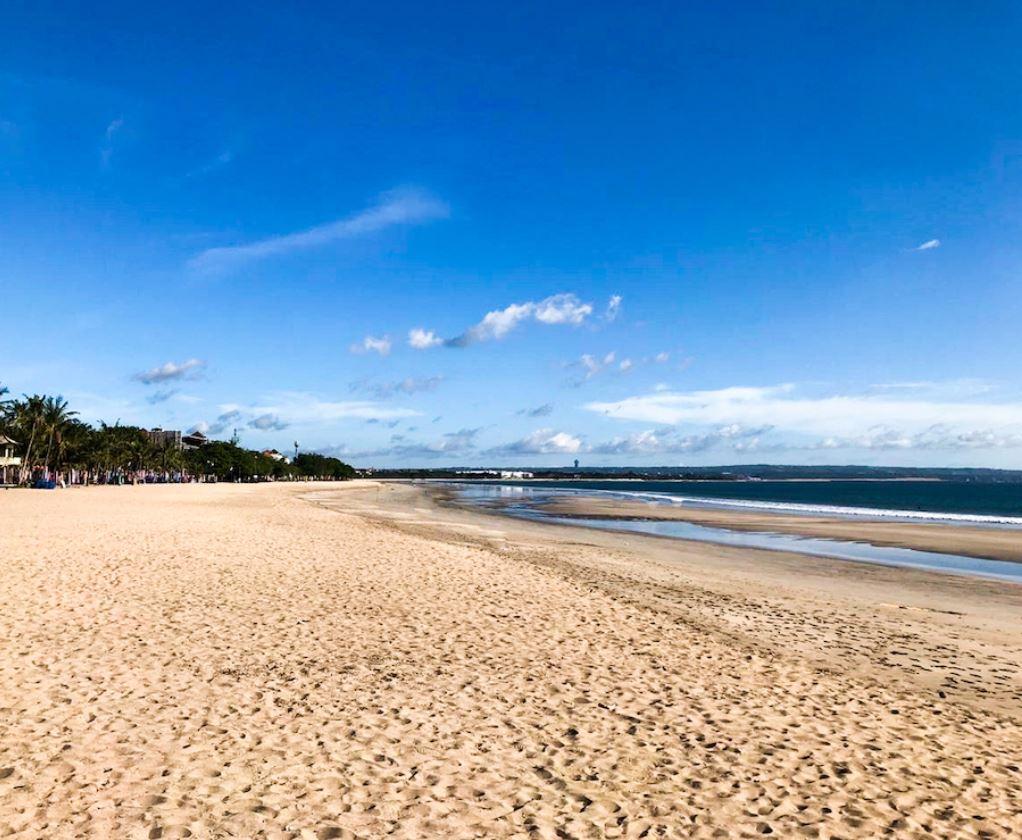 beaches sit empty