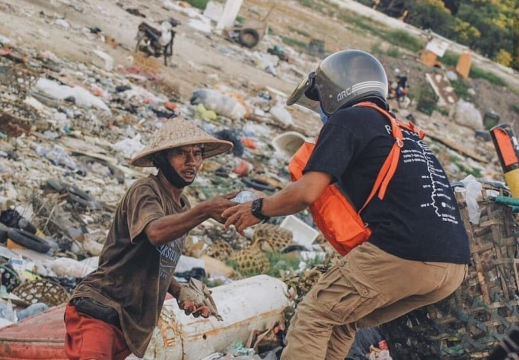 starving bali worker
