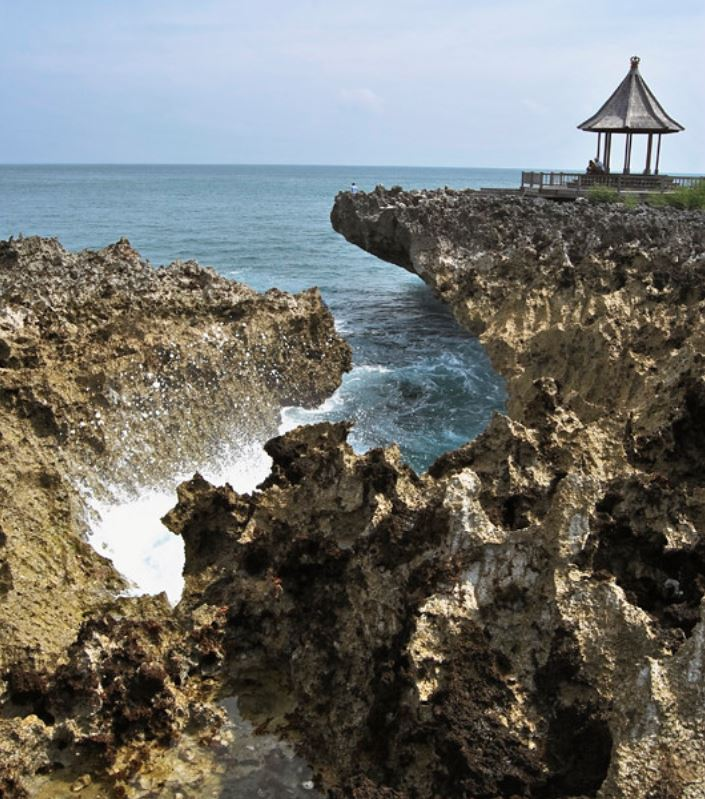 Area where fisherman went missing in Nusa Dua (2)