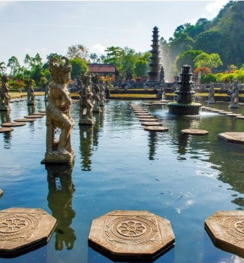 bali to reopen october