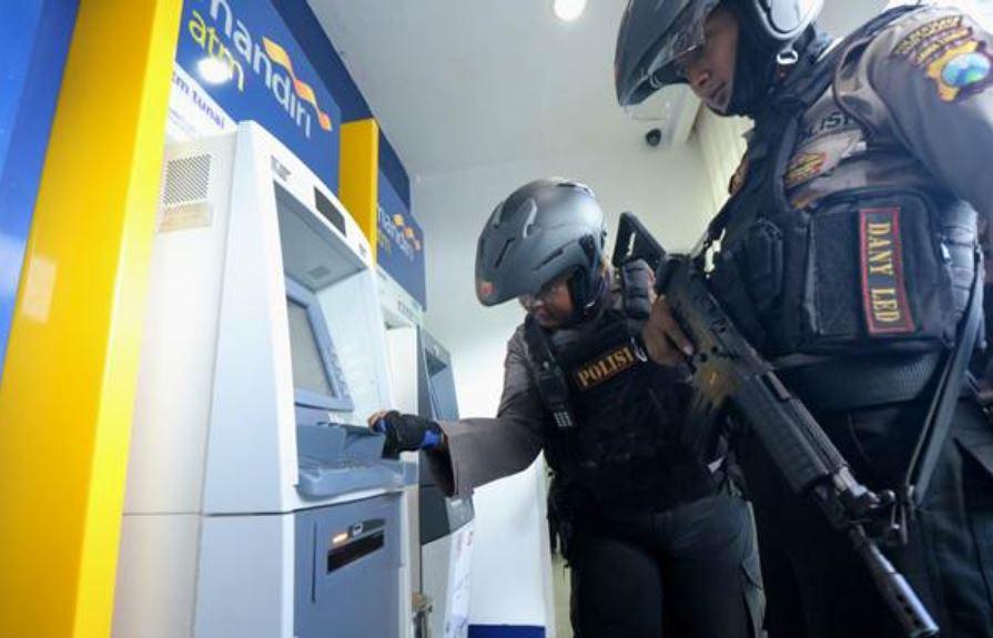4 Men Arrested After Robbing Several ATM's In Bali