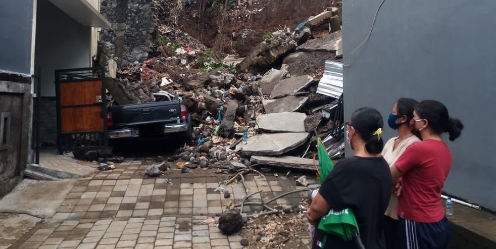 Heavy Rains In Bali Has Caused Mass Flooding and Landslides