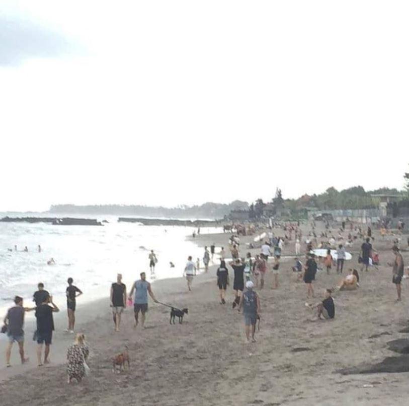 Photo taken on June 4th at Batu bolong beach