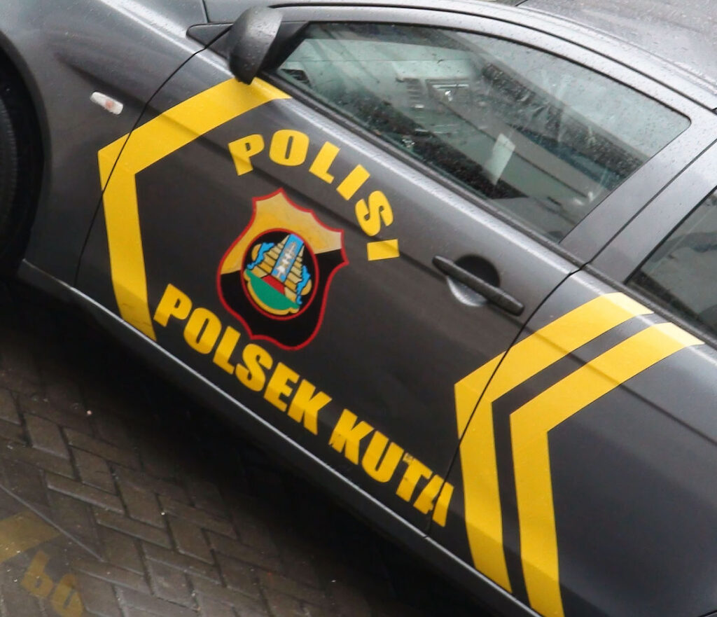 Bali police car
