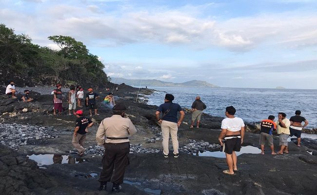 6 Tourists Almost Drown In Bali After Boat Overtaken By Large Waves