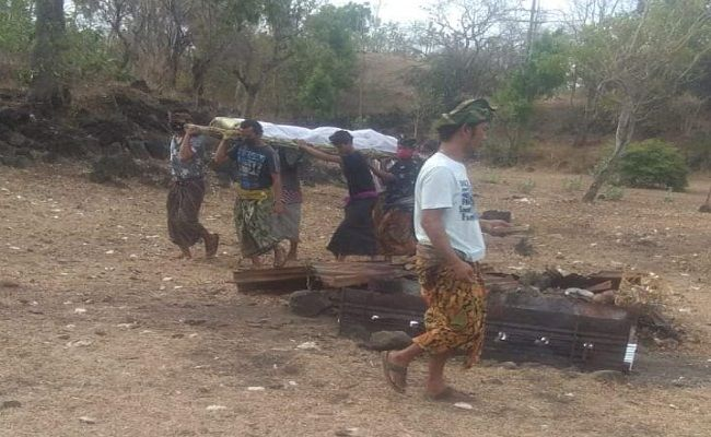 Bali family punished cemetery