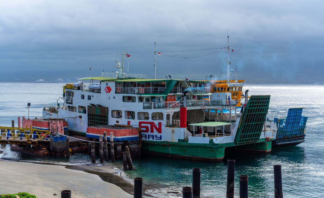 gilimanuk ferry