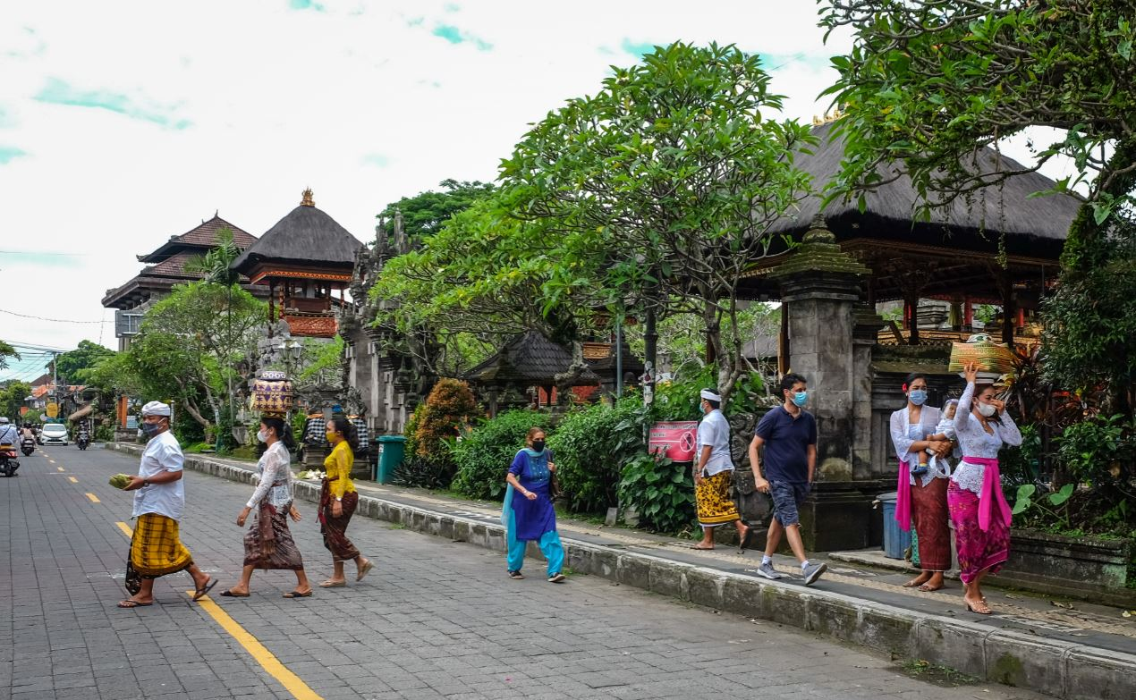 Bali Government Plans To Start Swab Testing 2000 People Daily In Every District