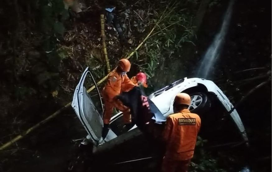 Car Accident Claims Life In North Bali After Vehicle Plunges Into Ravine