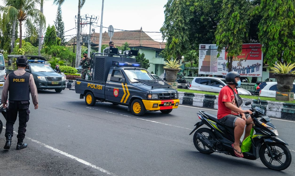 Man Arrested In Kuta Bali After Snatching Tourist's Phone