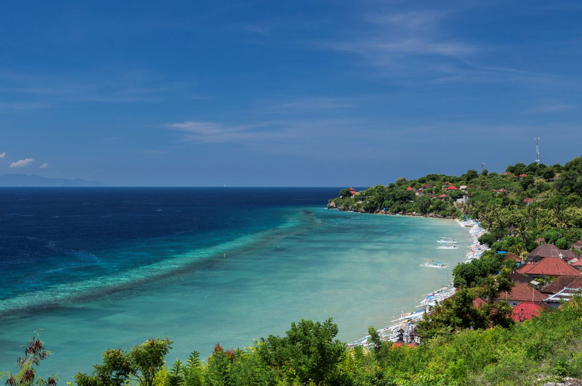 Popular Bali Village For Tourists in Nusa Penida To Get Much Need Infrastructure Upgrades