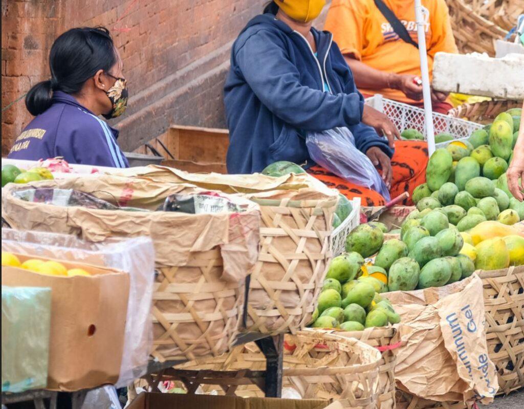 bali fruit vendors