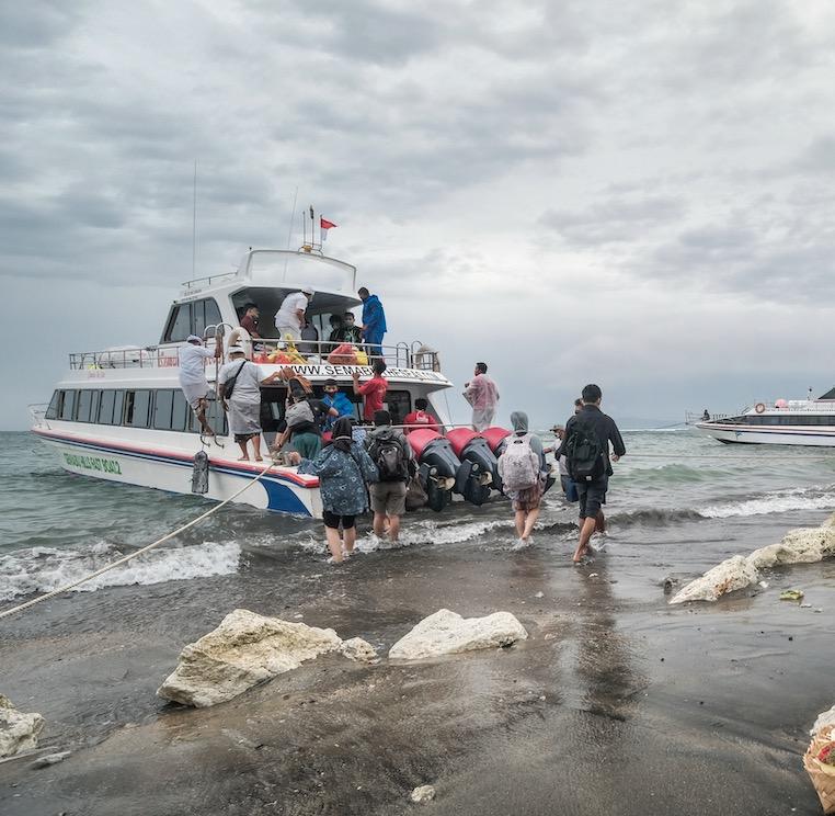 fast boat Bali