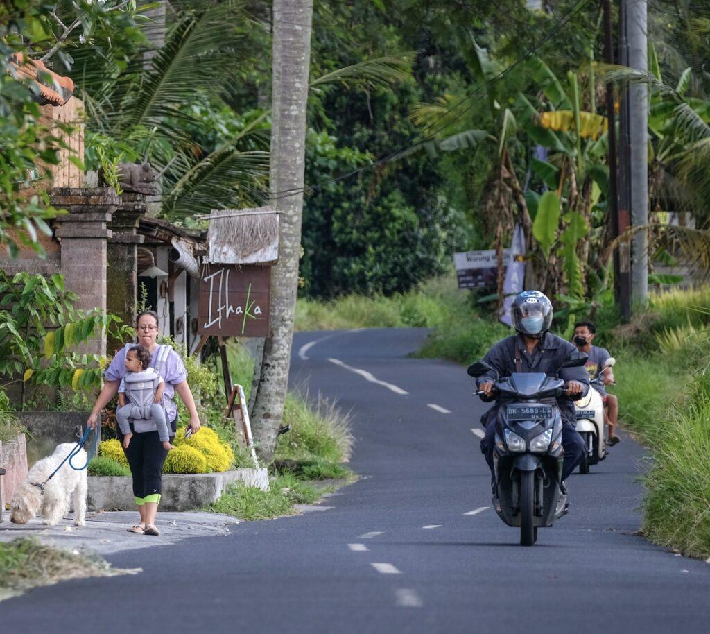 Bali road motorbikes tourists