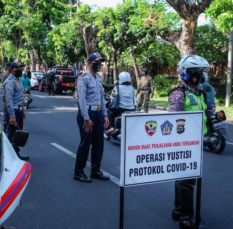 COVID19 traffic operation mask