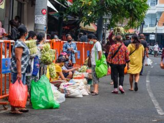 Merchants Protest Increased Rent Rate In Bali Markets