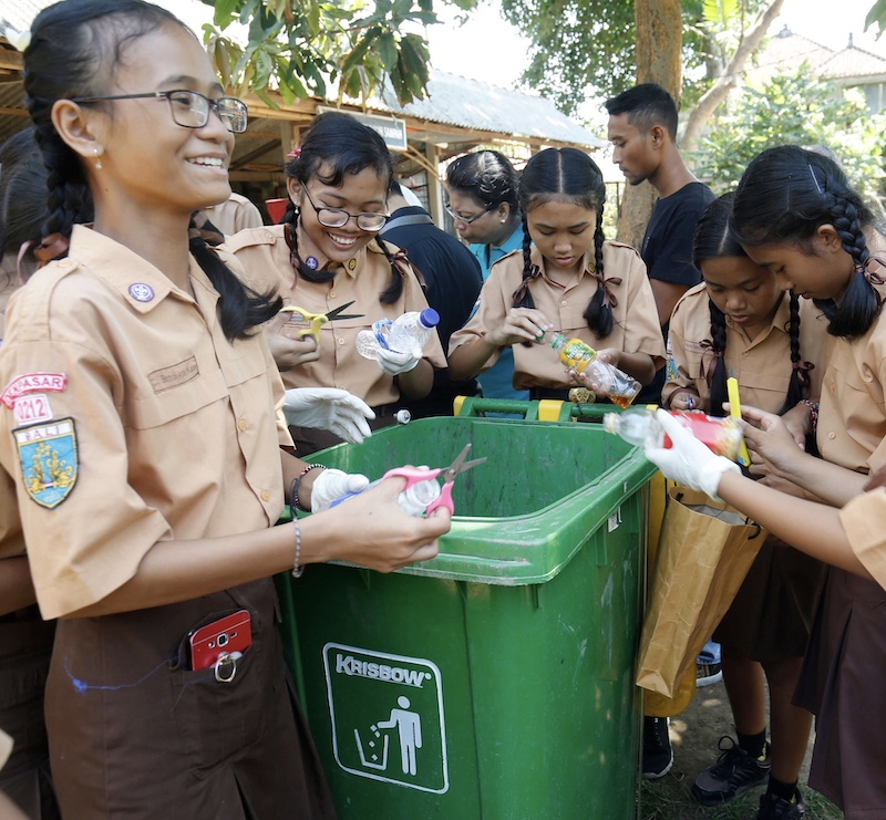 Danone community project recycle