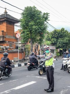 Video Of Expat Confronting Officer After Violating Rules Goes Viral In Bali