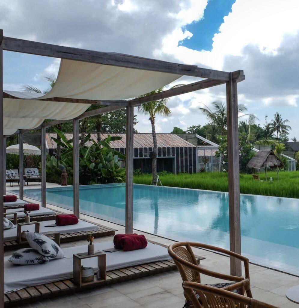 empty-Bali-hotel-resort