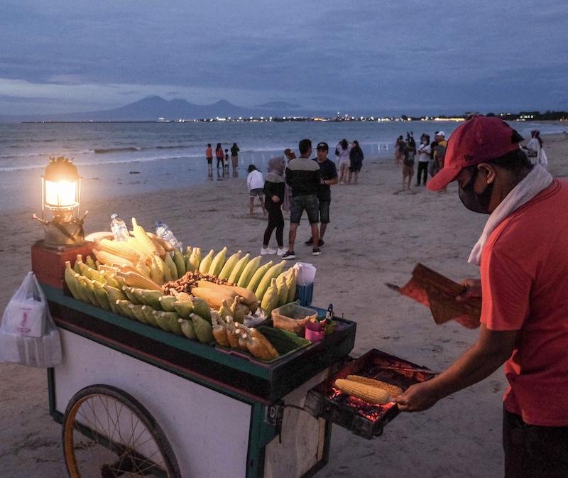food stall vendor beach