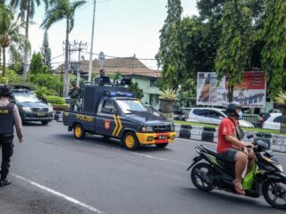 Bali Task Force Penalized 12,000+ Offenders In 1 Week Of Operation