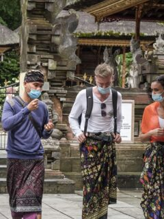 Government Begins Vaccinating Tourism Workers