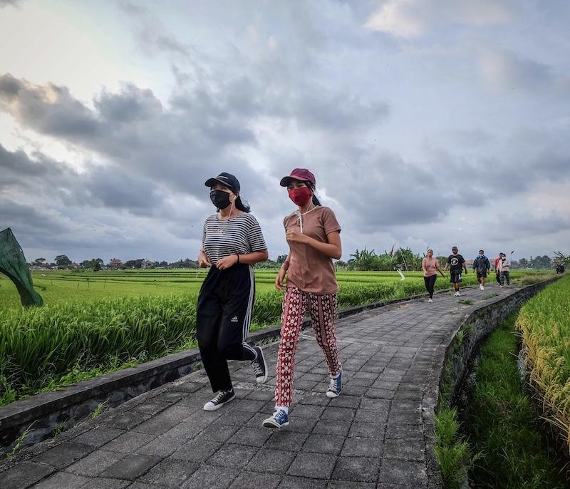 locals jogging masks
