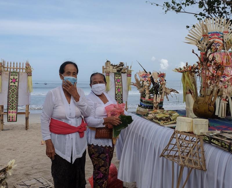 locals masks