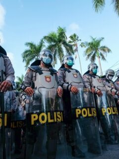 After an attack that occurred at the Indonesian Police Headquarters located in Jakarta on Wednesday (31/3), Bali Police Department has decided to strengthen all the police stations across Bali.