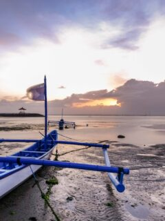 A 40-year-old man named I Made Budi Suwantara from Marga, Tabanan has decided to end his life after allegedly getting depressed due to his financial situation.