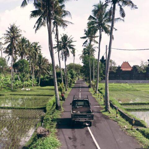 A 19-year-old man named Anjas Adam Nusantara from Cikarang, West Java has been seriously injured after allegedly jumping onto a moving car.