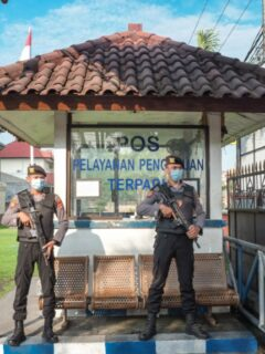 A couple with initials PM (aged 28) and her husband DD (aged 32) from Bekasi, West Java have been arrested by police for human trafficking in Bali.