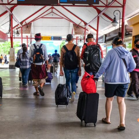 The Tourism Association in the Karangasem region has confirmed that hundreds of hotel reservations from domestic visitors have been canceled due to the latest policy to impose an emergency partial lockdown in Bali.