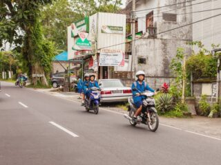 An 11-year-old elementary student with initials DS has been detained for stealing a motorbike from a farmer in Bali.