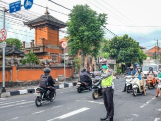 A man with initials JMJN from New Zealand has been rushed to a hospital after getting assaulted in Canggu.