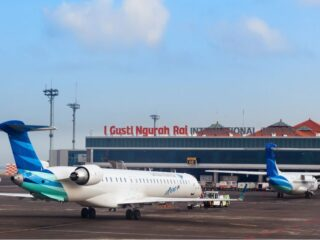 The Indonesian central government has finally decided to start allowing the Bali Airport to start receiving international visitors by October 14th 2021.