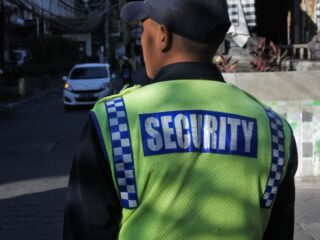 A security guard has been assaulted by a group of 4 intoxicated motorbike riders on Sunday afternoon (3/10).