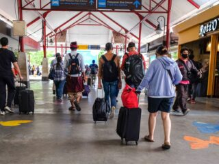Officials from the Denpasar Tourism Agency hopes that the central government's plan to reopen the international travel corridor in Bali will stay on track.